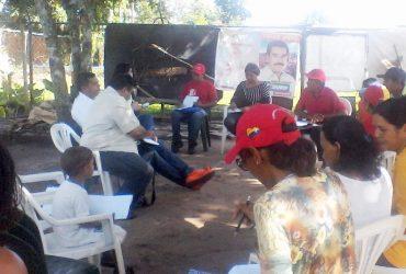 Gobierno regional sostiene encuentro con habitantes de San Vicente